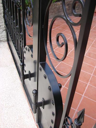 Hot Dipped Galvanized Gate with Powder Coat