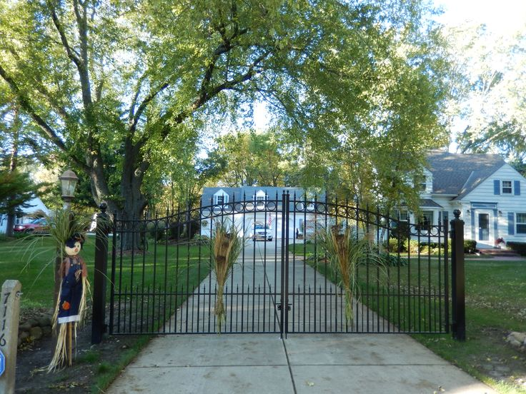 Driveway Gate Photos Amazing Gates